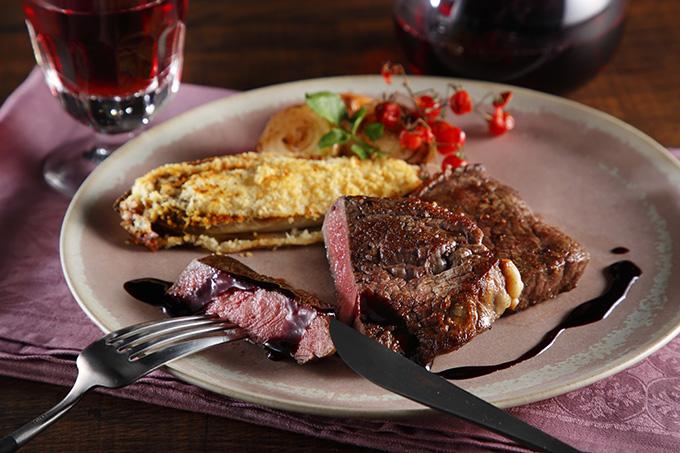 ニュージーランドの高品質な赤身肉のステーキ