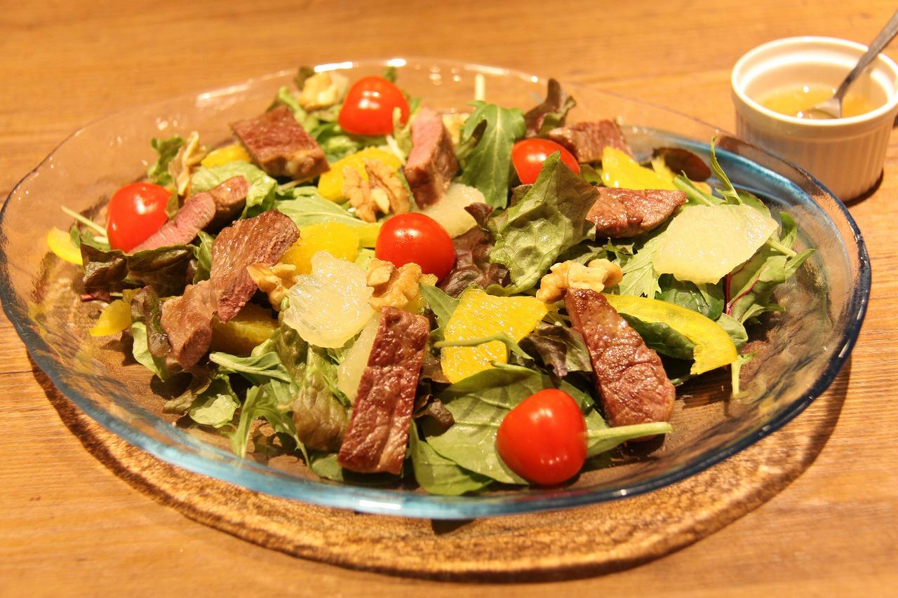 【レシピ】ラムももステーキのパワーサラダ