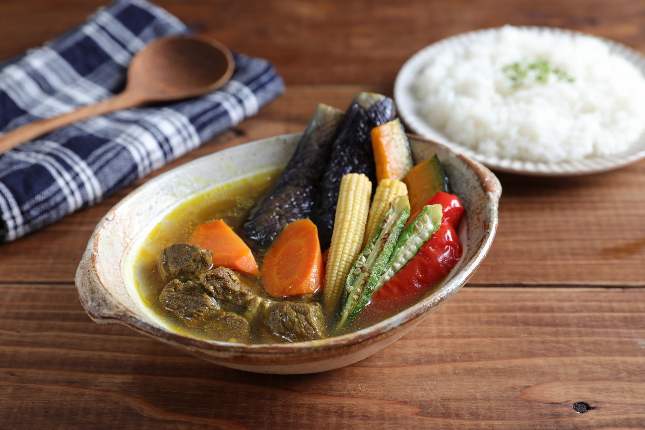 【レシピ動画】ラム肉とたっぷり夏野菜のスープカレー
